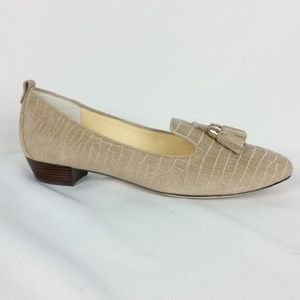 VC Signature 10M Suede Loafer Tassels S14-10